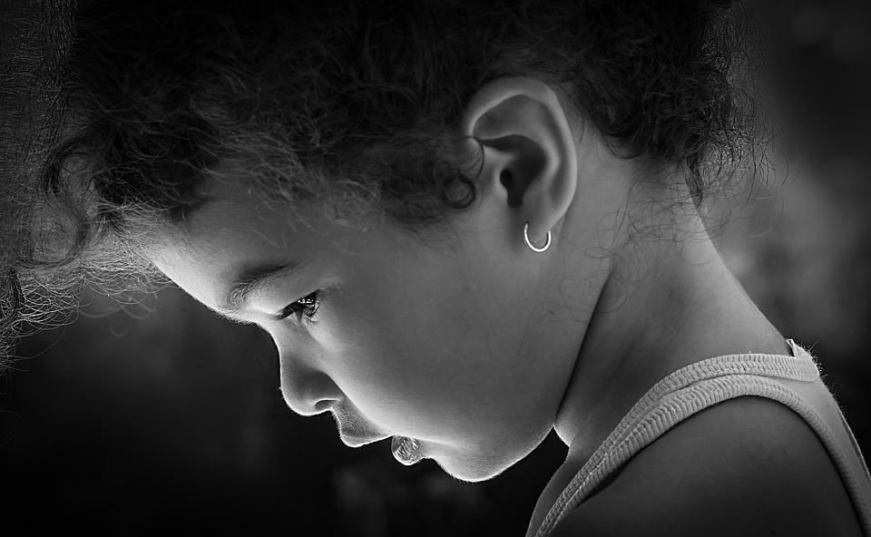 可惜大部分的父母碰到孩子哭泣時,第一反應就是拒絕孩子發洩自己的情緒,叫他們不准哭 source:Pixbay