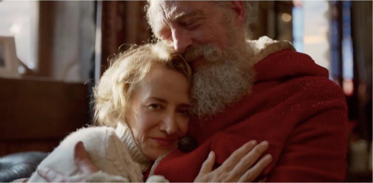 週末电影院 - 圣诞老婆婆