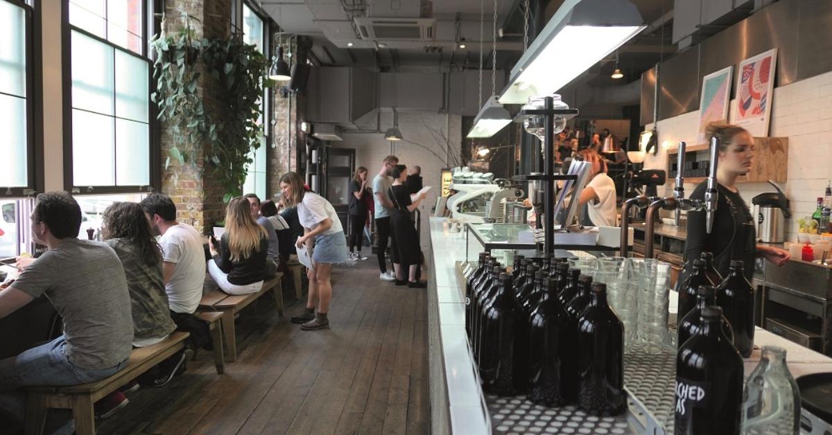 到伦敦来趟咖啡之旅!《总有一家咖啡馆在等你:咖啡因地图》新书转载 | 妞书僮
