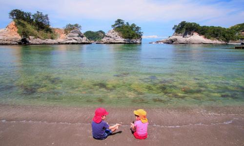 坐船出海一岛多玩超简单!日本伊豆「堂ヶ岛」要你玩出不一样的假期