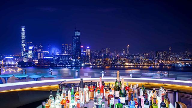 来去铜锣湾夜景酒吧微醺一下吧!3款香港夏日旅游指南