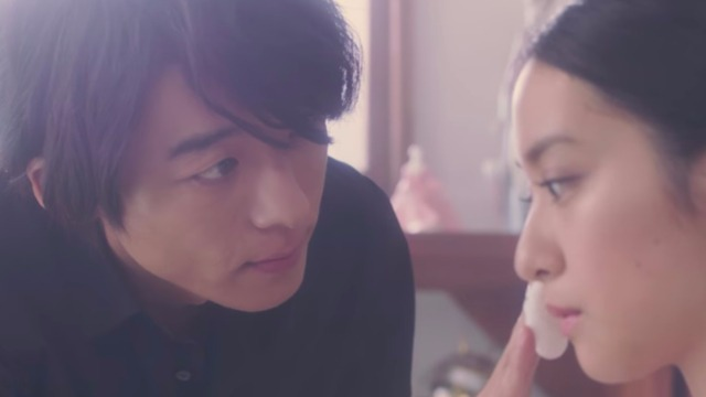 洗衣店老闆帅到不合法!高桥一生×武井咲魔幻浪漫微电影